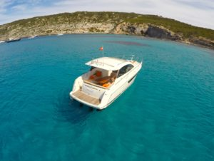 jeanneau-leader-10-Náutica-Ibiza Travesías tripulada por Ibiza